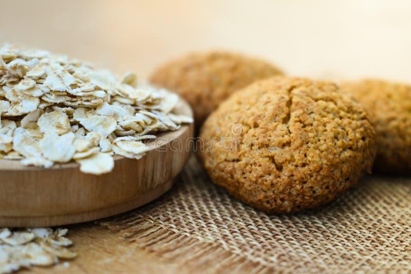 Вкусное здоровой еды печений овсяной каши домодельное испеченное стоковые изображения rf