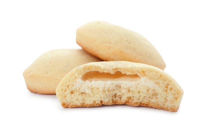 Вкусные изолированные печенья на исламские праздники eid mubarak стоковая фотография