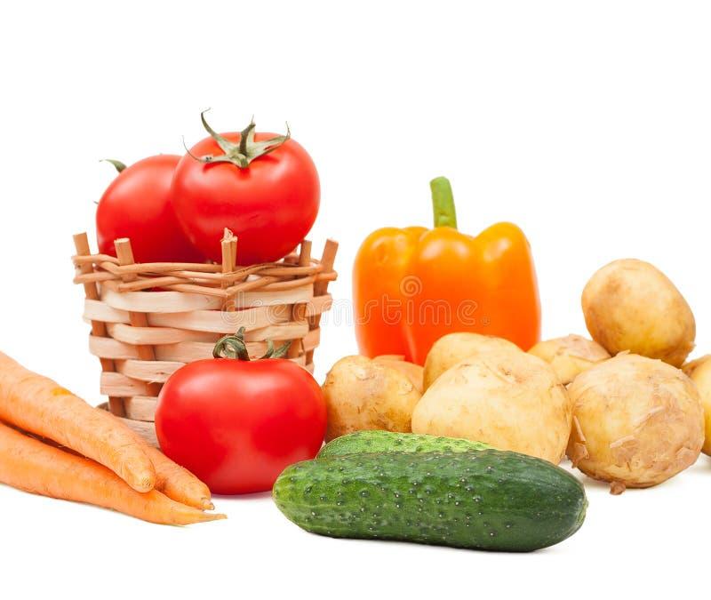 Download вкусные овощи стоковое фото. изображение насчитывающей изолировано - 41660272