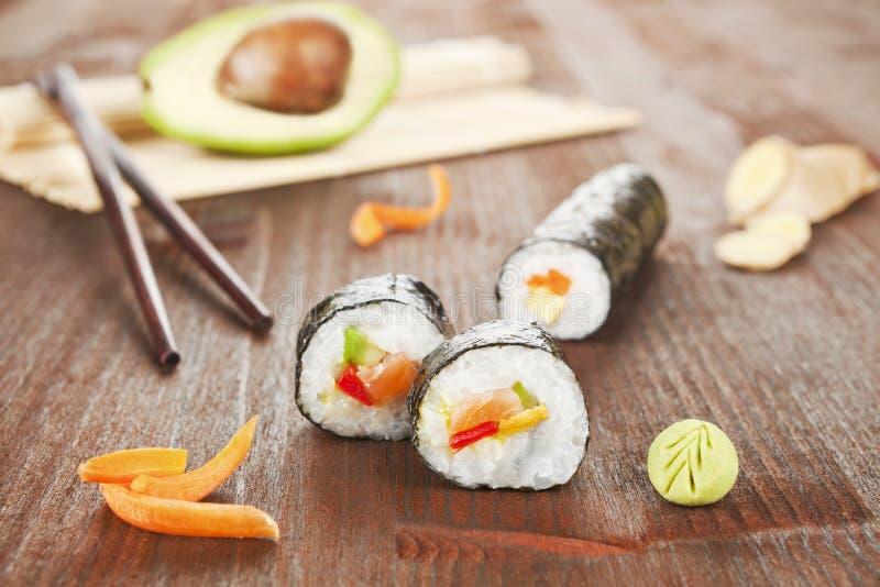 вкусные суши крена стоковые фото