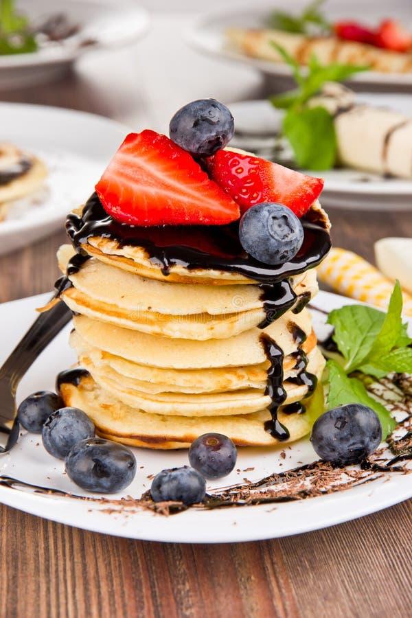 вкусный десерт стоковые фотографии rf