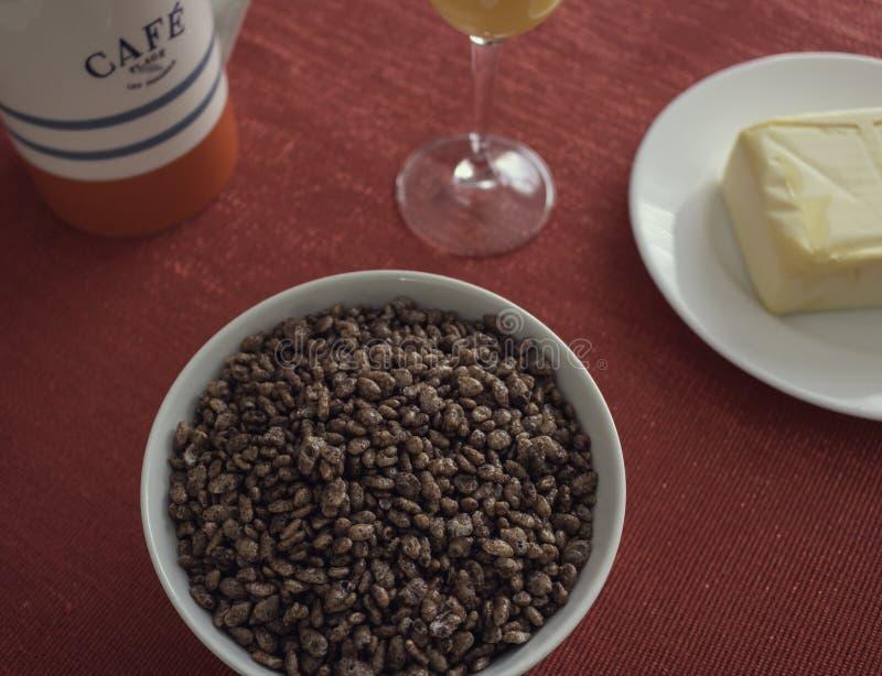 Вкусный и полный завтрак стоковая фотография rf