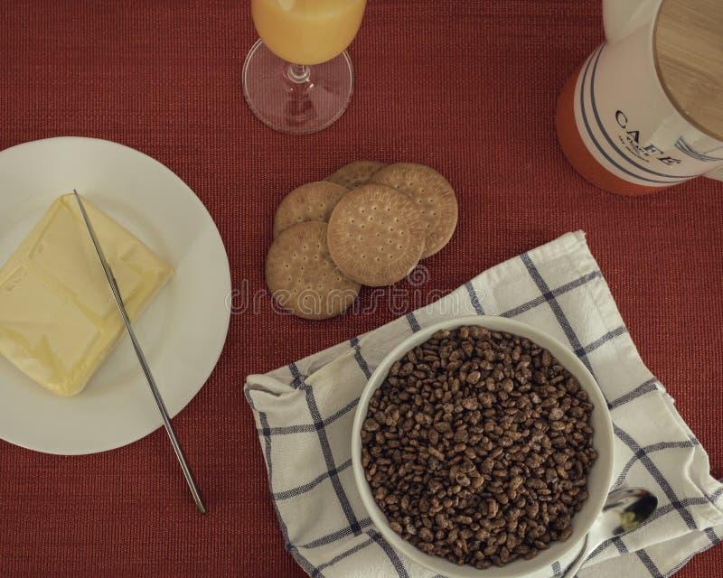Вкусный и полный завтрак стоковые изображения rf