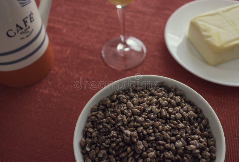 Вкусный и полный завтрак стоковые фото