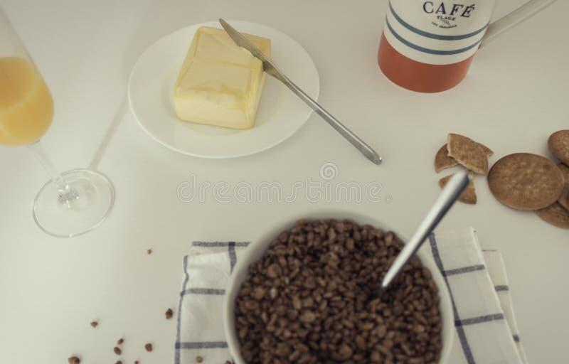 Вкусный и полный завтрак стоковое изображение