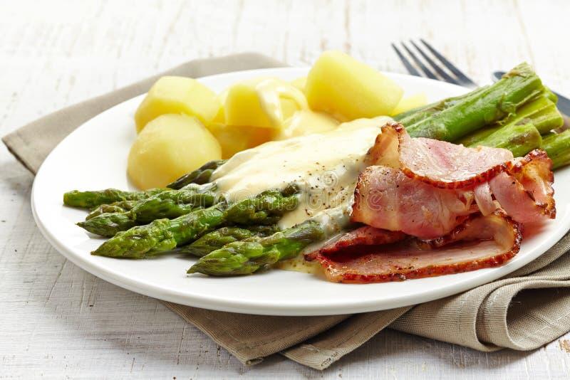 вкусный обед стоковое изображение rf