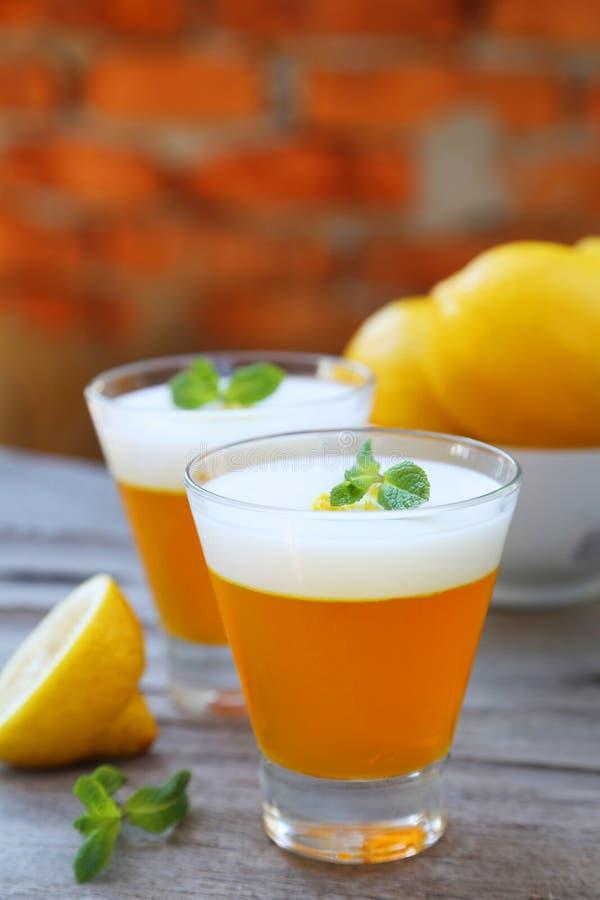 Вкусный студень лимона стоковое изображение rf