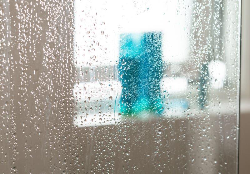 Влажный экран ливня стоковое изображение