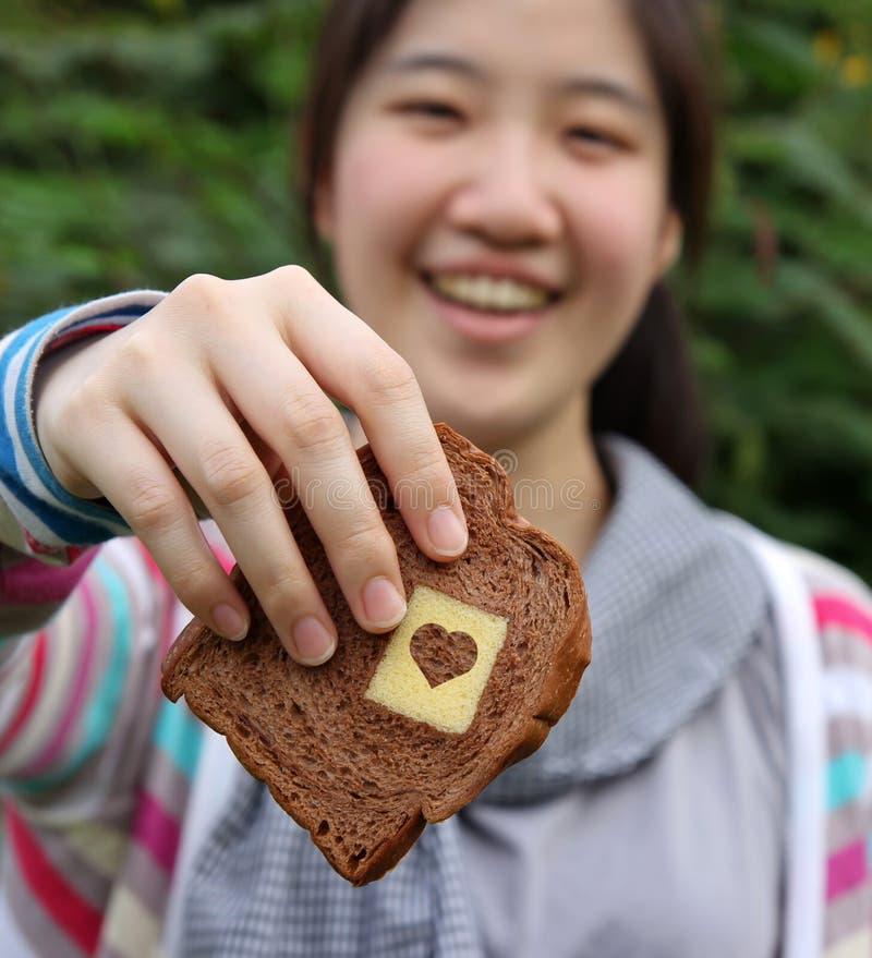 влюбленность хлеба стоковое изображение rf