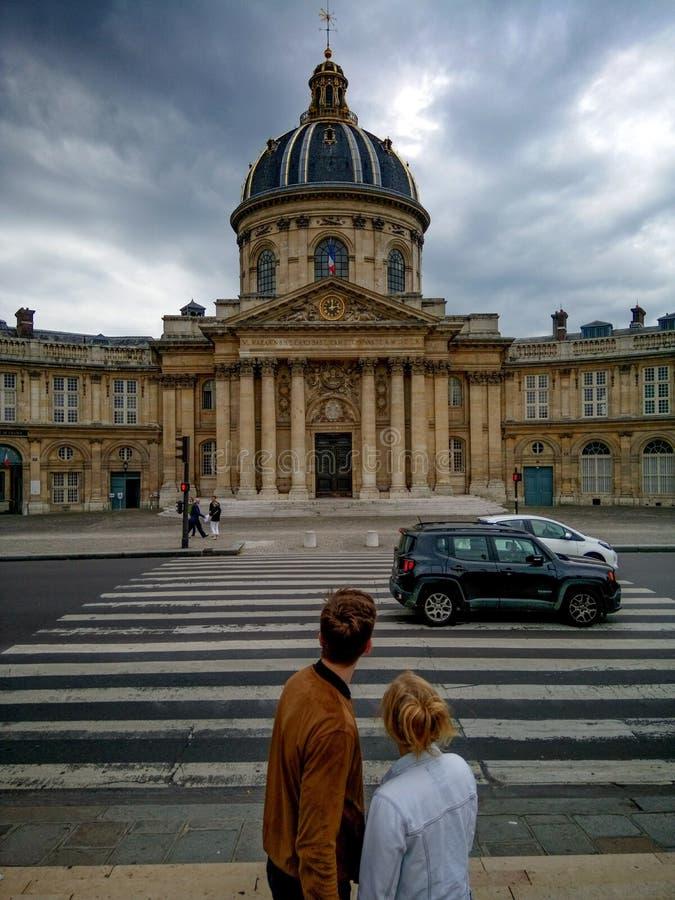 влюбленность paris стоковая фотография