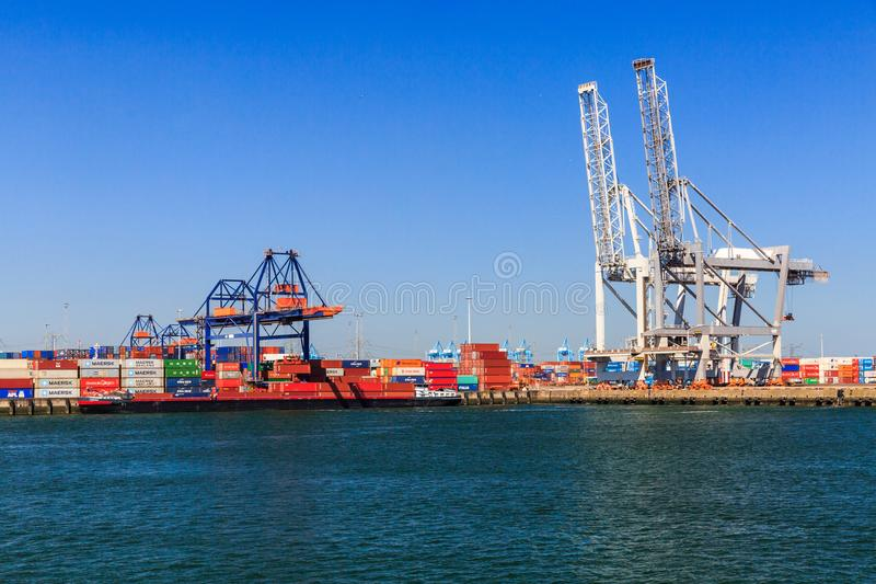 Внешние взгляды порта гавани Роттердама стоковое фото rf
