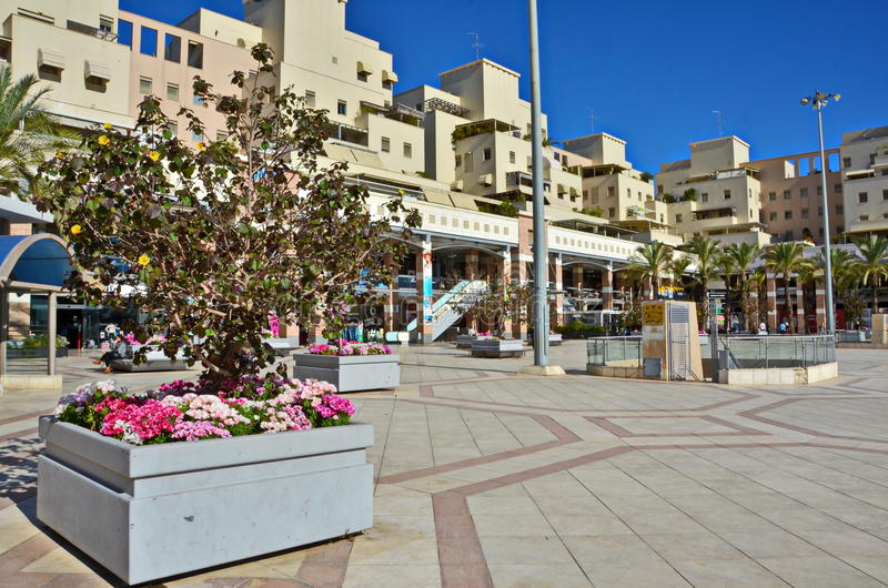 Внешний торговый центр в Kfar Saba, Израиле стоковые фото