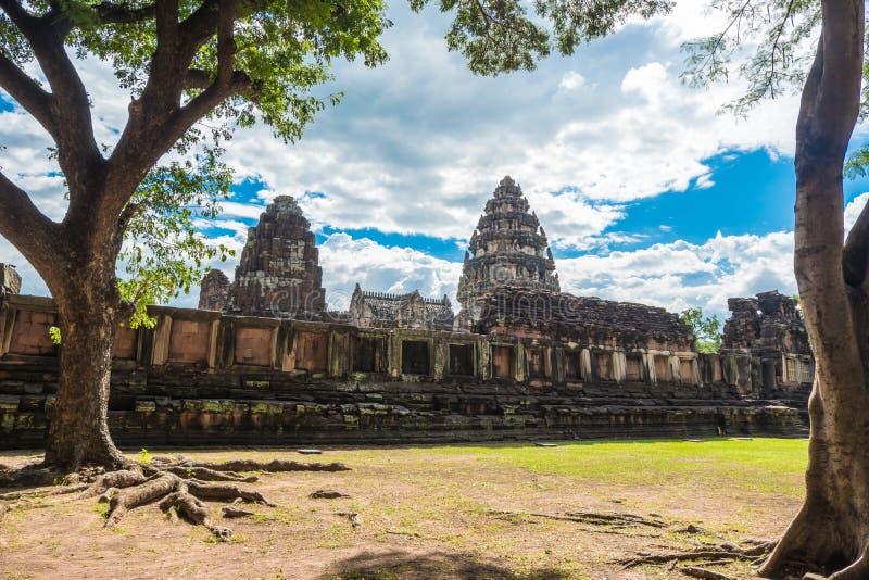 Внутреннее святилище Prasat Hin Phimai, старого комплекса виска кхмера стоковые изображения rf