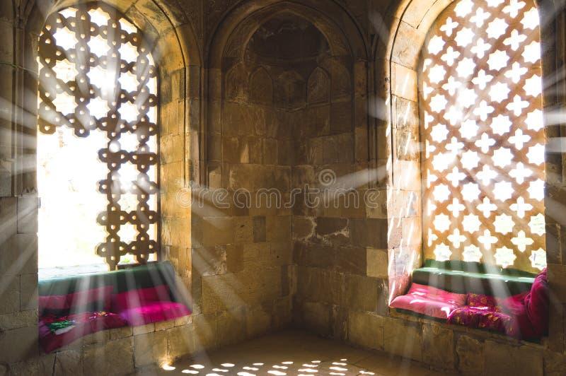 Внутренний взгляд мавзолея Бабы Diri стоковые изображения rf