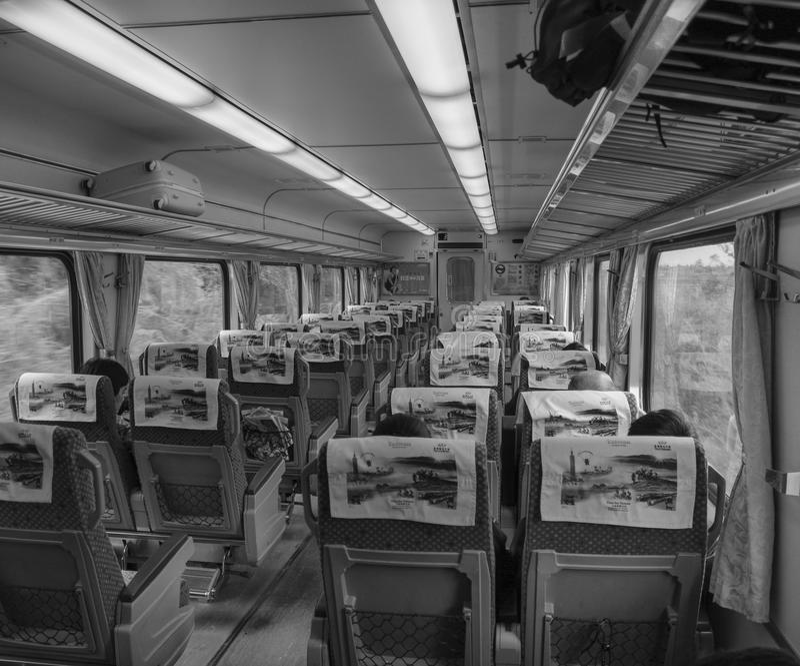 Внутренний взгляд быстроходного поезда в Тайбэе, Тайване стоковая фотография rf