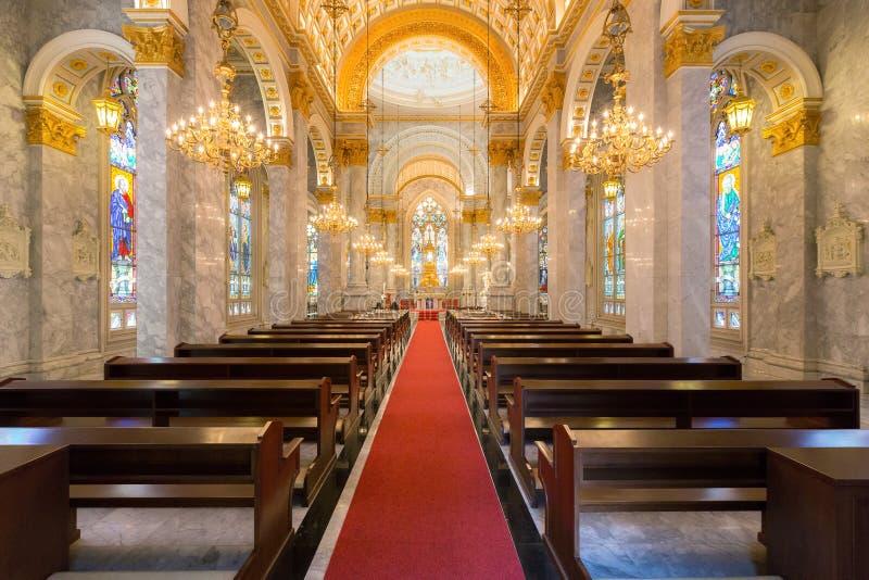 Внутренний взгляд католической церкви, университет предположения, Thail стоковые изображения rf