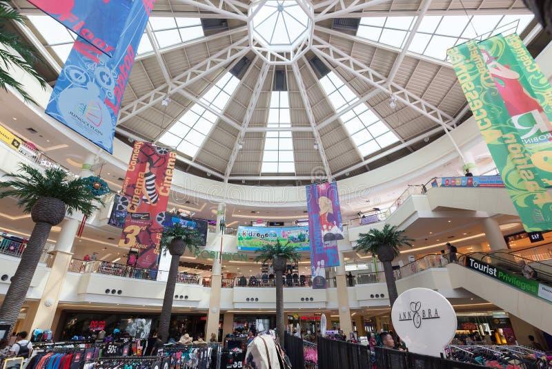 Внутренний взгляд торгового центра Jungceylon в пляже Patong стоковые изображения rf