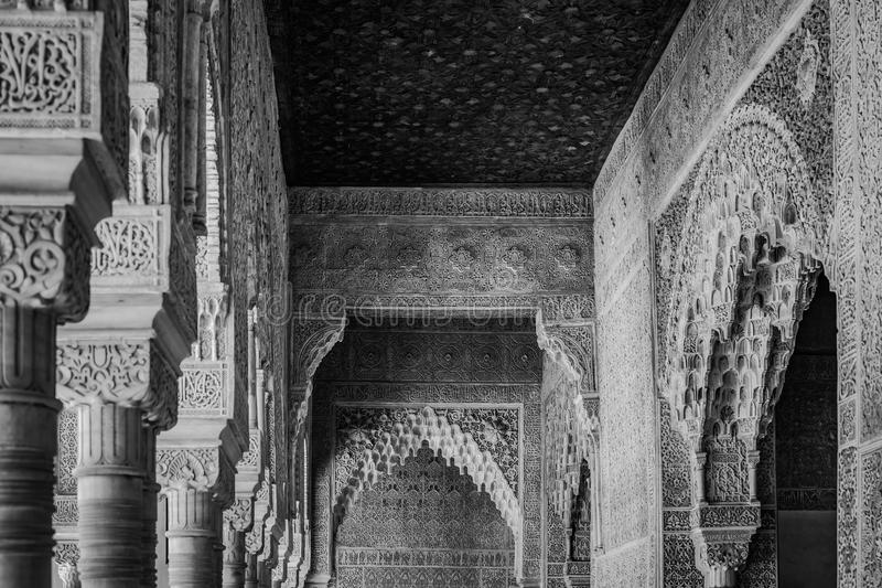 Внутренний высекать дворца Альгамбра, Гранады, Андалусии, Испании стоковое изображение