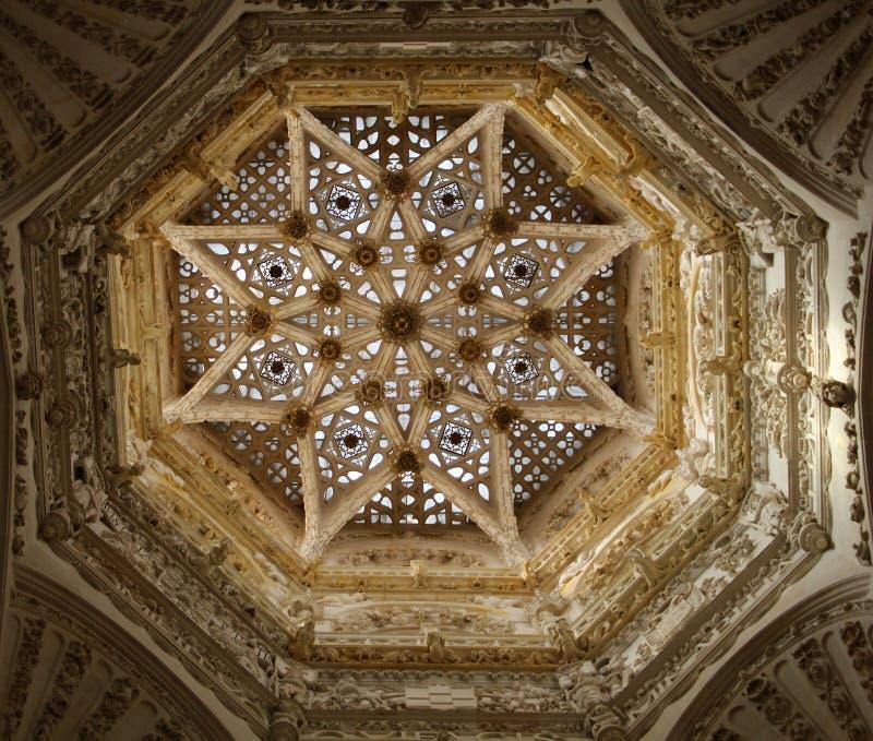 Внутренний купол собора Бургоса стоковые фотографии rf