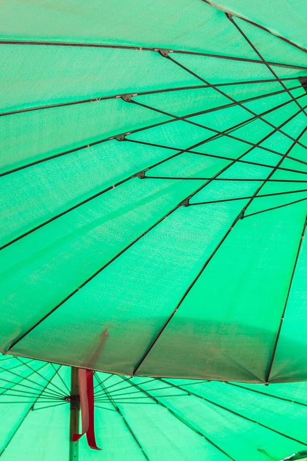 Внутренность открытого зонтика стоковое изображение