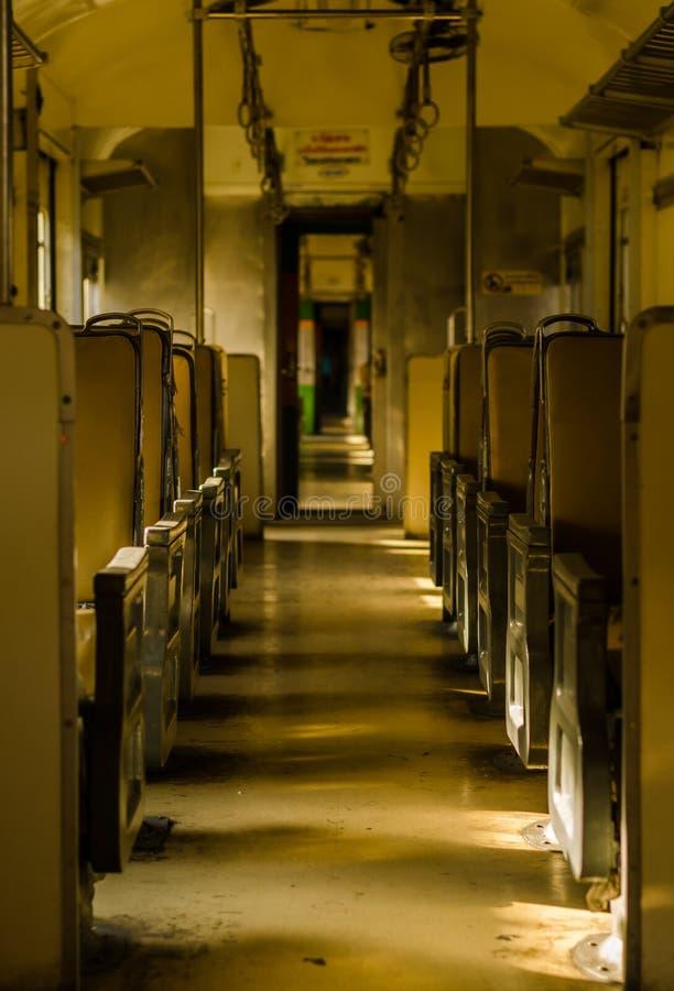 Внутренность старой тележки на поезде стоковое фото rf