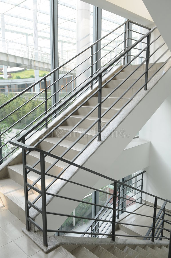 внутренняя лестница стоковое фото