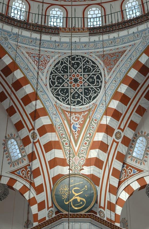 внутренняя мечеть istanbul стоковое изображение rf