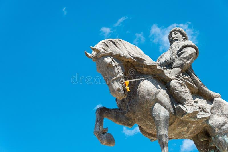 ВНУТРЕННЯЯ МОНГОЛИЯ, КИТАЙ - 10-ое августа 2015: Статуя Kublai Khan на Kubla стоковые изображения rf