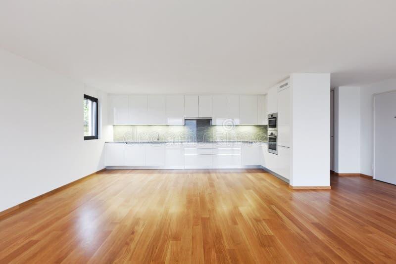 Внутренняя современная пустая квартира, квартира стоковое фото rf