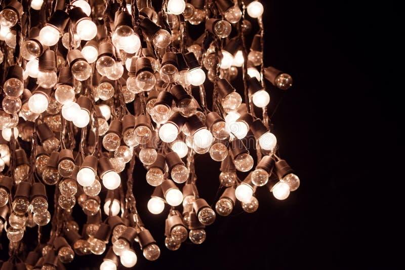 внутренняя украшая концепция - роскошное красивое ретро оформление лампы света edison стоковое изображение rf