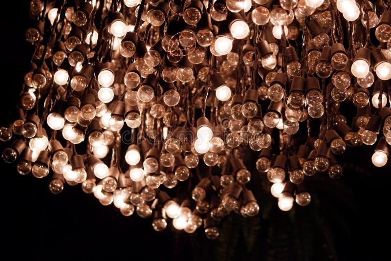 внутренняя украшая концепция - роскошное красивое ретро оформление лампы света edison стоковые изображения rf