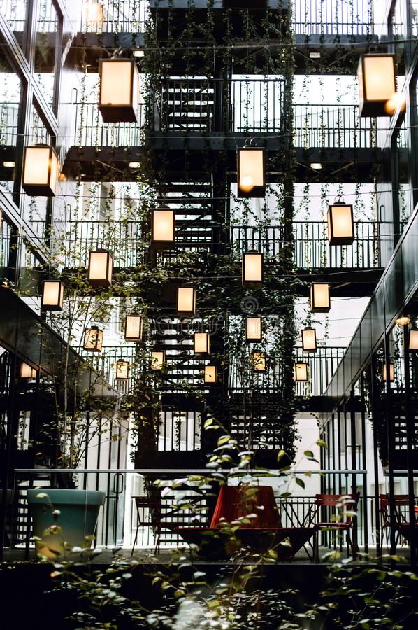 Внутри гостиницы в Bankside, Лондон стоковые фото