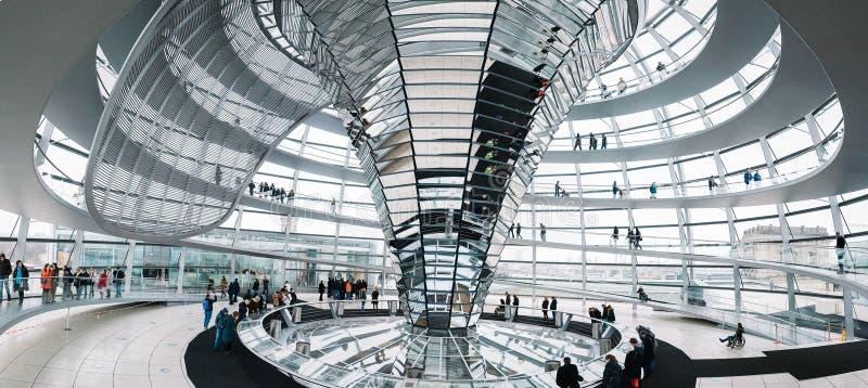 Внутри купола Reichstag стоковые фотографии rf
