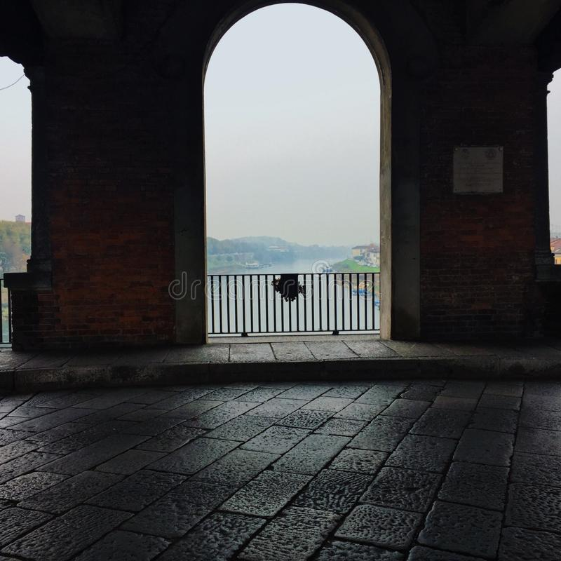 Внутри моста Павии стоковое изображение