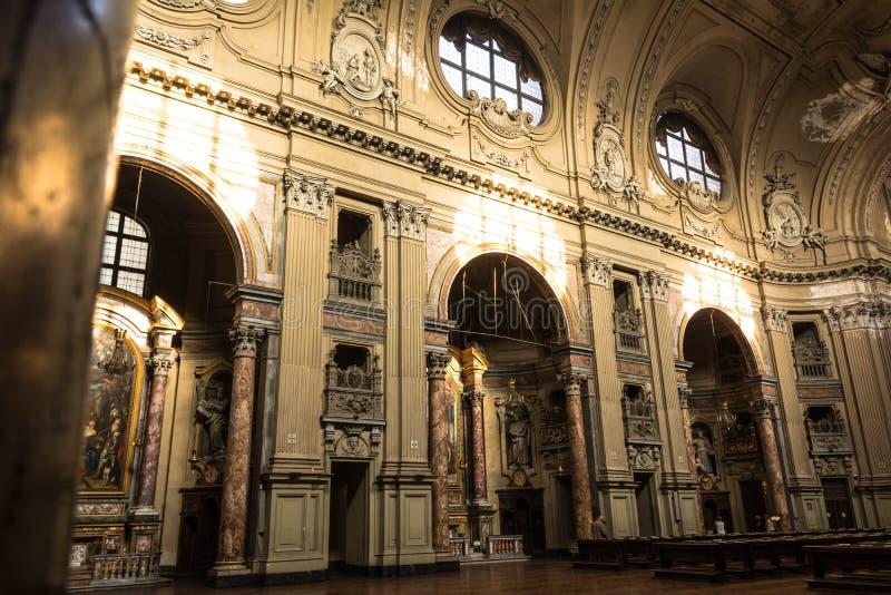 Внутри церков Сан Филиппо Neri в Турине, Италии стоковые изображения