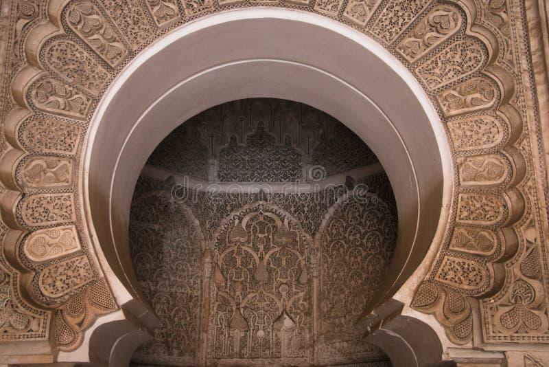 Внутри medersa Бен Youssef в Marrakesh, Марокко стоковое изображение