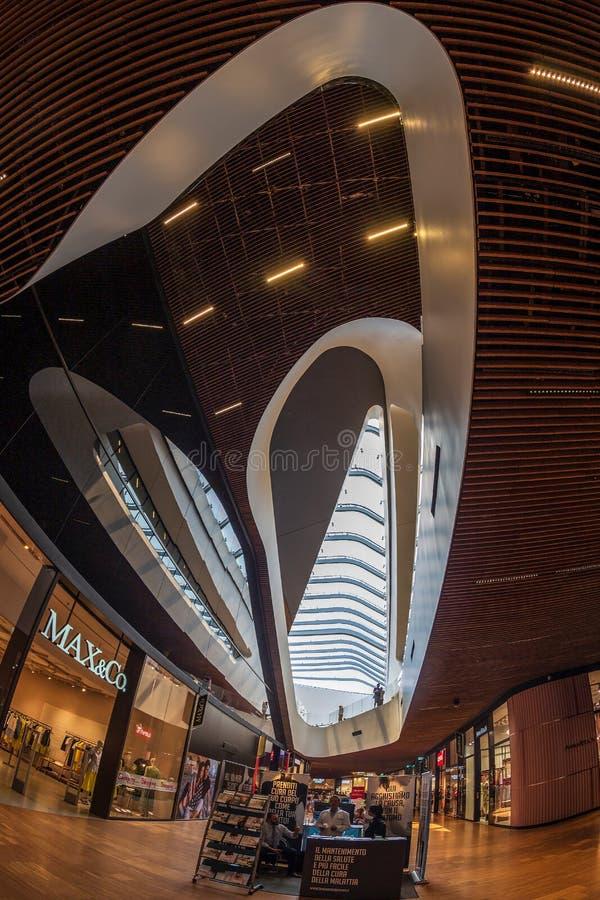 Внутрь в комплексе торгового района CityLife, Милан, Италия стоковое изображение