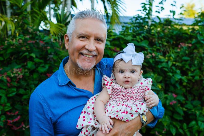 Внучка деда и младенца стоковое фото rf