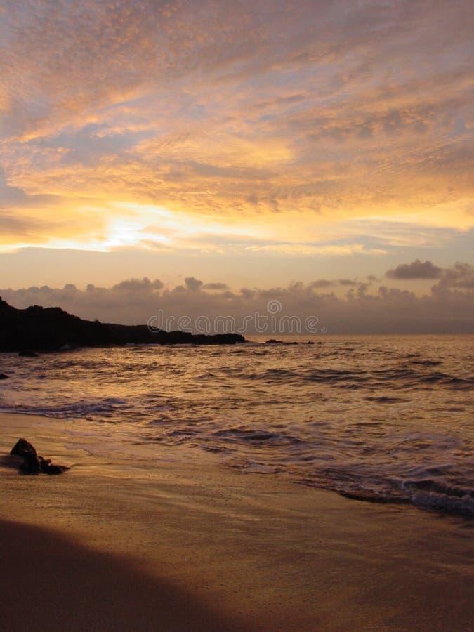 внушительный заход солнца неба стоковые фотографии rf