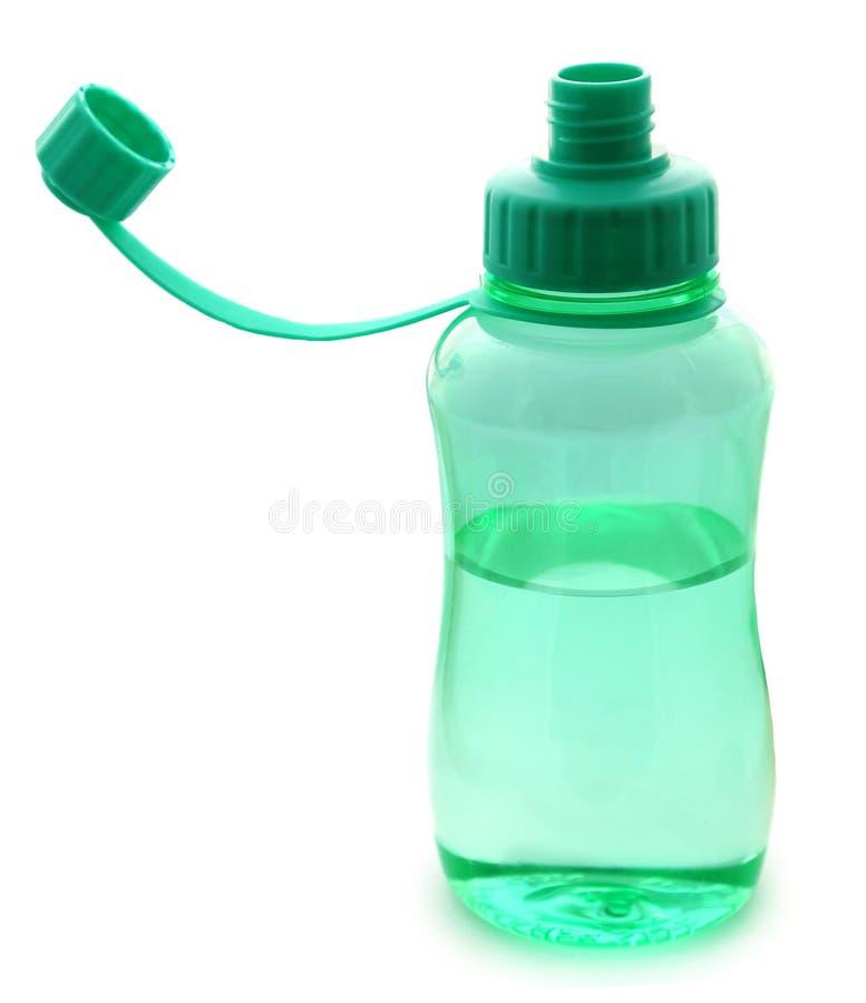 вода бутылочного зеленого стоковая фотография