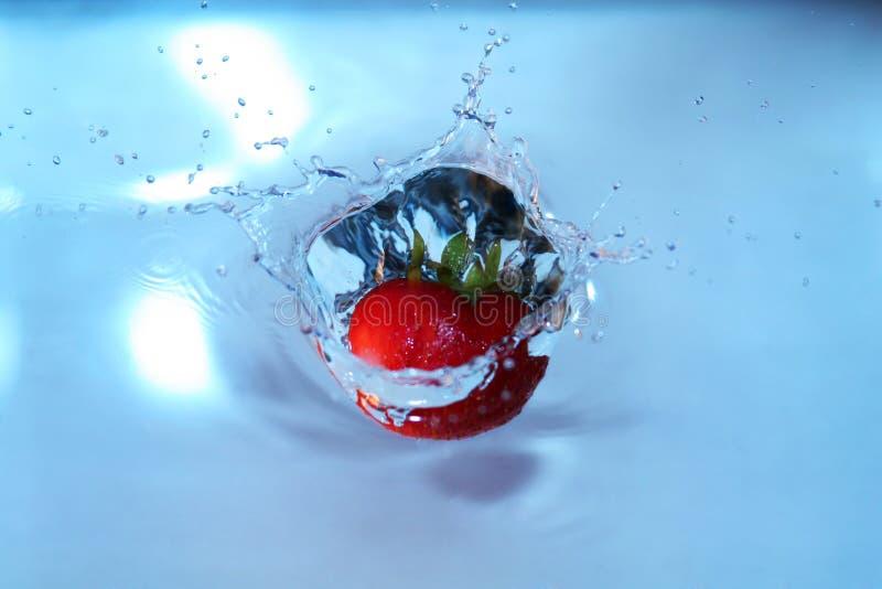 вода клубники стоковое изображение rf