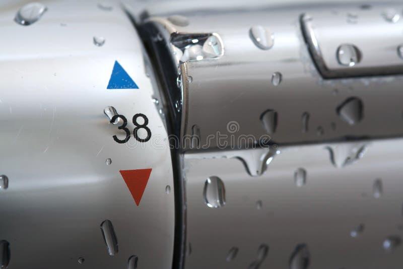 вода ливня смесителя падений стоковые фотографии rf