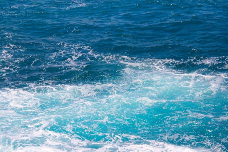 вода океана пены стоковая фотография rf