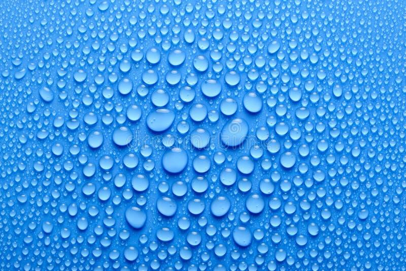 Download вода падений стоковое фото. изображение насчитывающей конец - 6850382