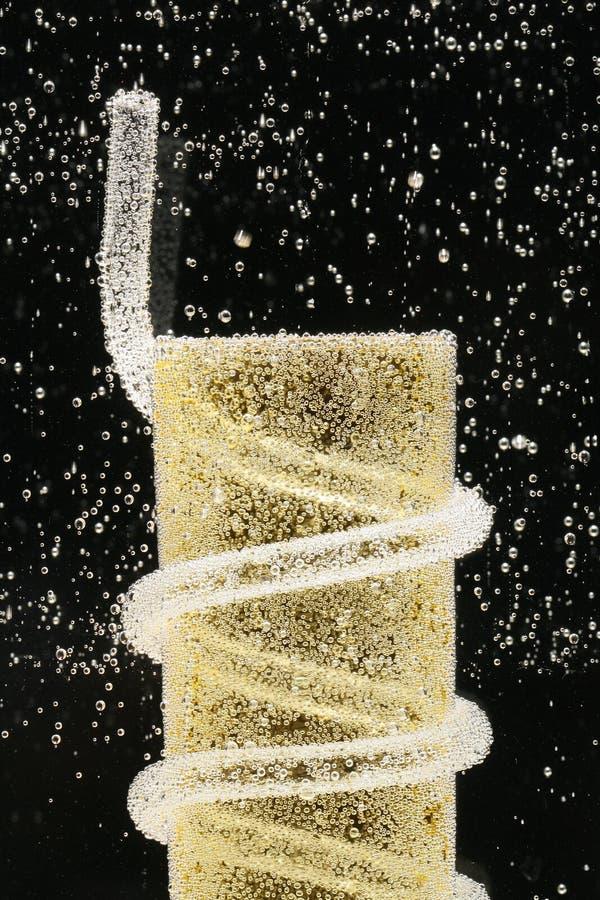 вода соды выпивая стекла стоковое фото rf