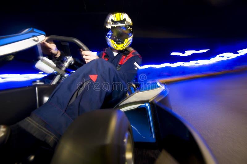 водитель тележки идет участвовать в гонке стоковые изображения rf
