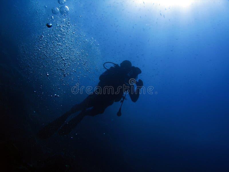 водолаз 105 пузырей стоковые изображения