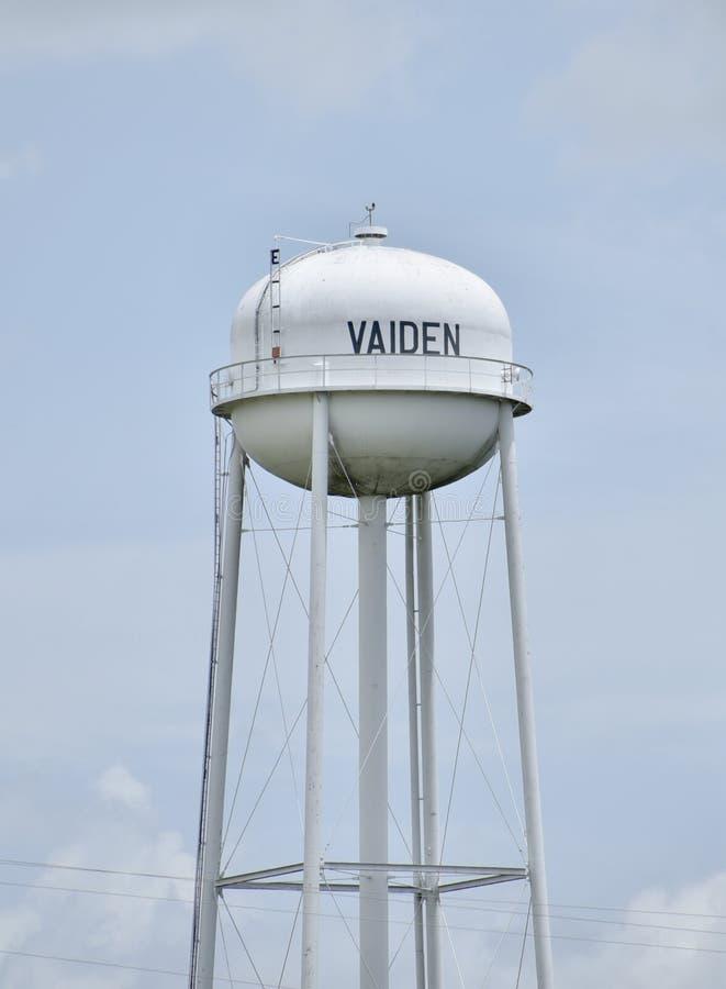 Водонапорная башня Vaiden Миссиссипи стоковая фотография rf