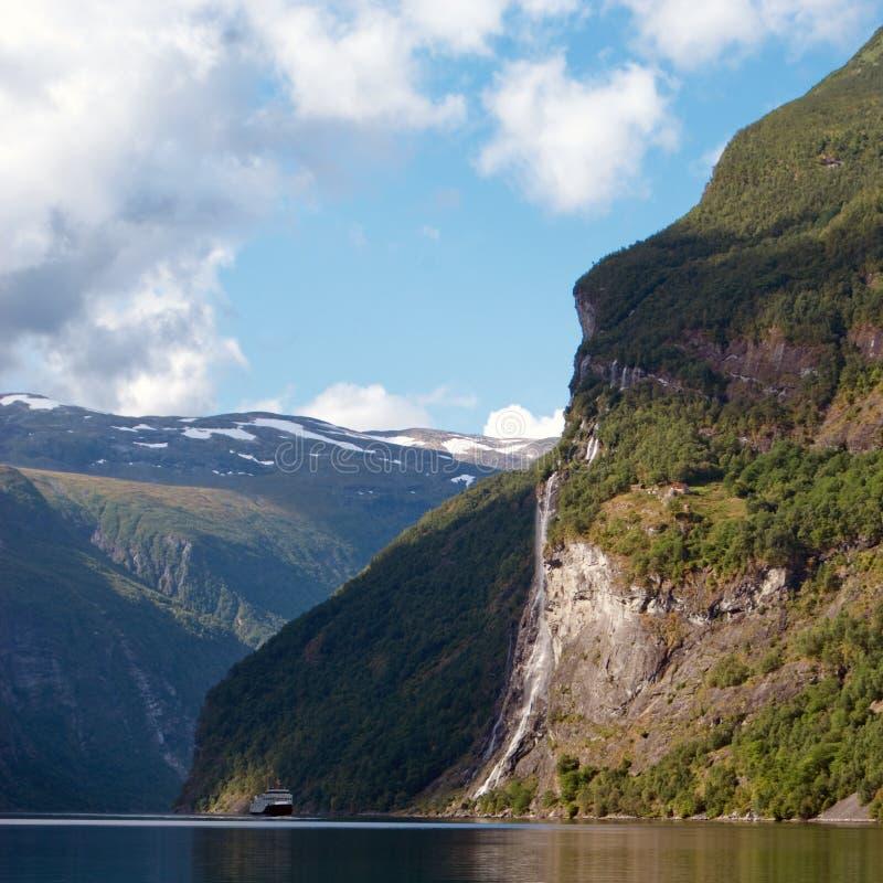 водопад сестер Норвегии 7 стоковое изображение rf