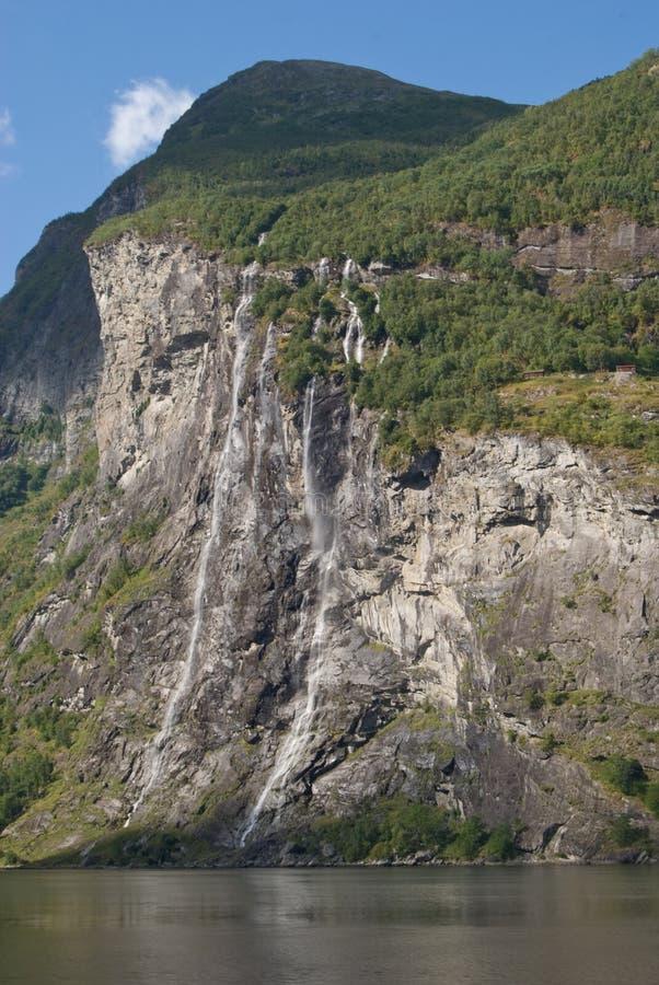 водопад сестер geiranger 7 фьорда стоковое фото rf